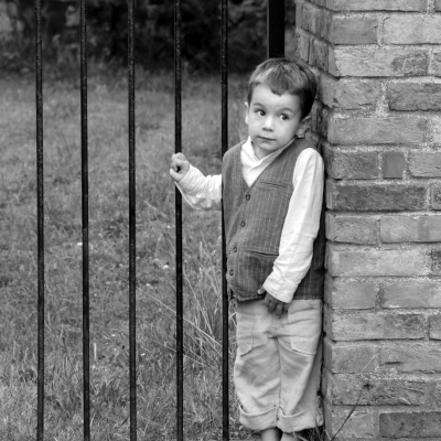 black-and-white-child-photography