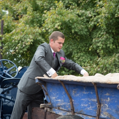 groom-with-tractor