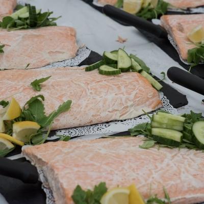 salmon-and-cucumber-wedding-food