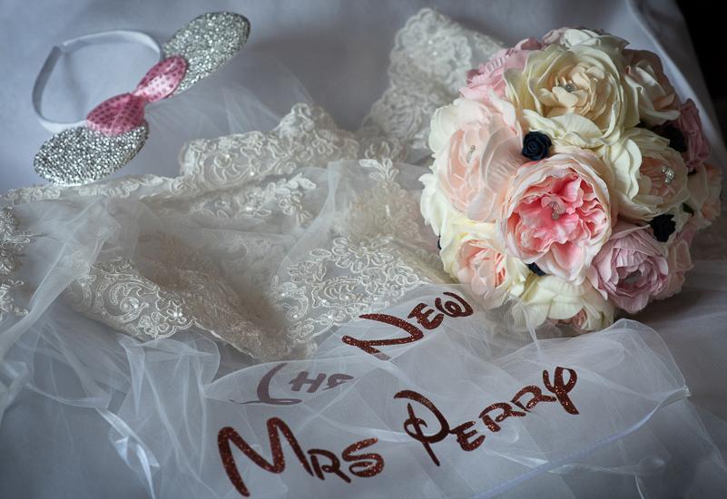 wedding photographer taunton registry office