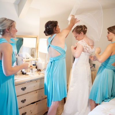 bridal-preparations-photography