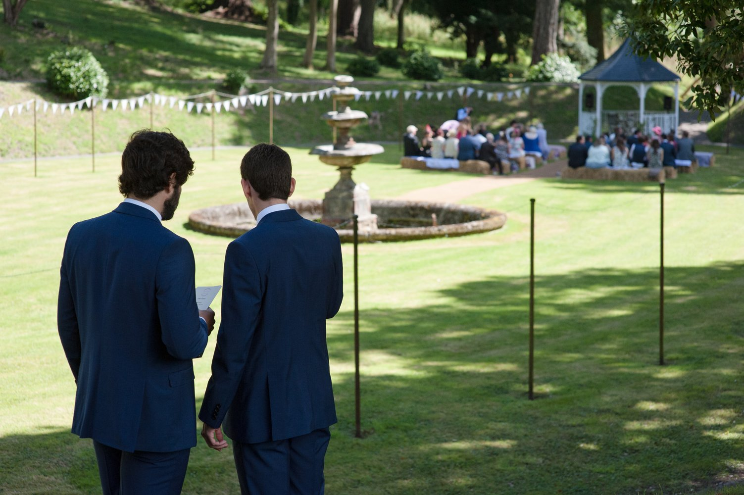 tracey estate wedding photography